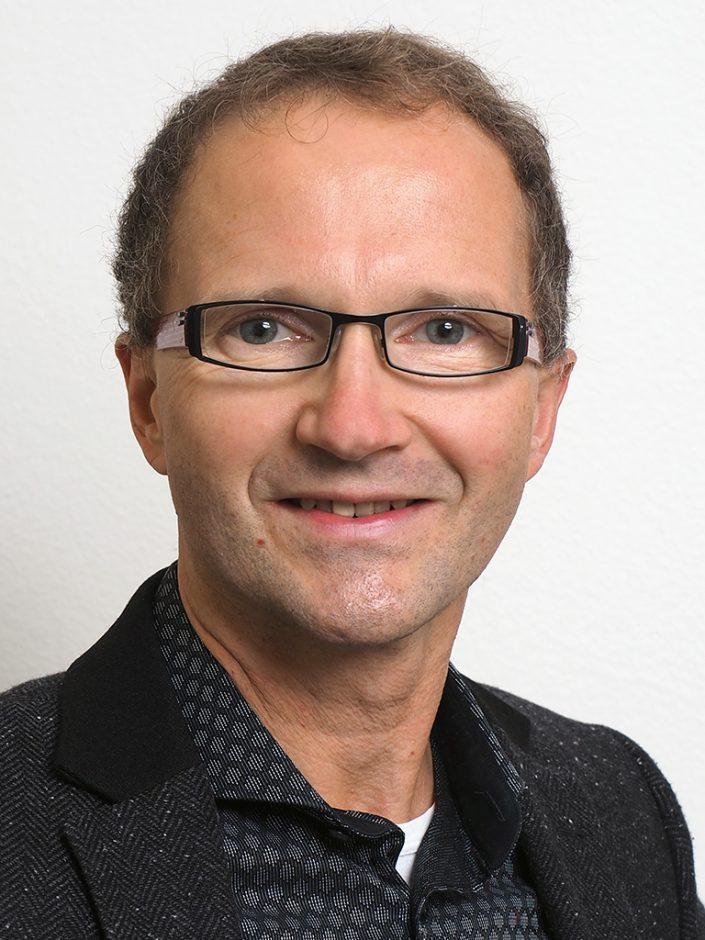 Dr. Andreas Loos