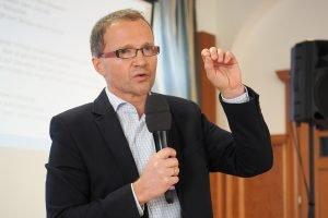 Forum Kommunikative Theologie 2019: Referent Dr. Andreas Loos