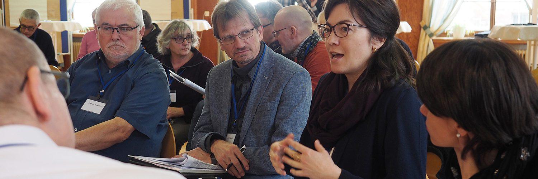 Forum Kommunikative Theologie 2019: Gesprächsrunden (1500x1000px)