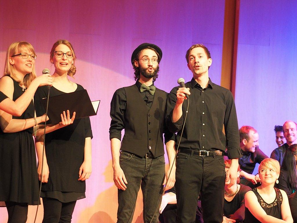 Ein Ensemble der Studierenden der Theologie & Musik gibt eine musikalische Einlage.
