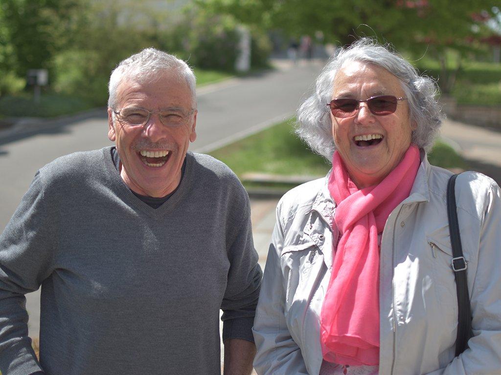 Gute Freunde am Seniorentag zu treffen, ist für die Teilnehmer eine grosse Freude.