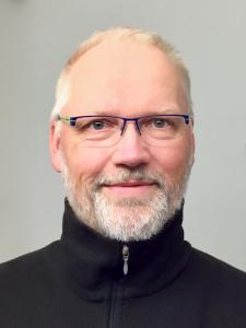 Portraitfoto von Rolf Rietmann (3:4)
