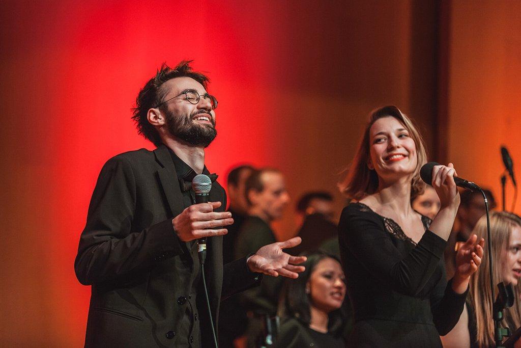 Adventskonzert des tsc-Chors am 30.11.2019: Gabriel und Carolin (Foto: Knut Burmeister, ALLTAG)