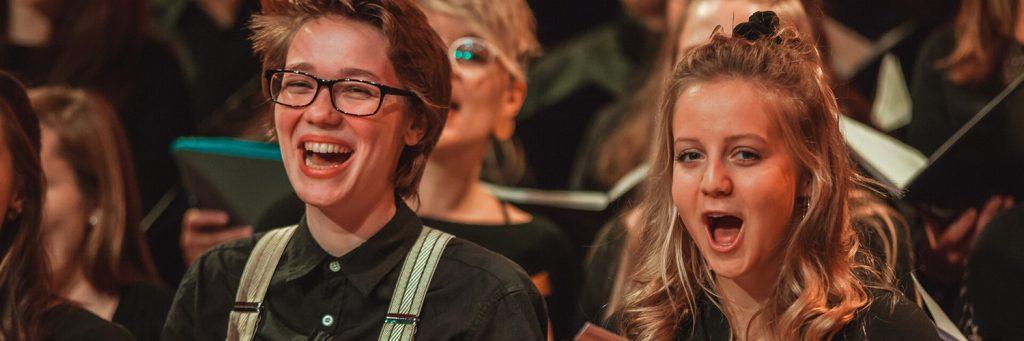Sängerinnen des tsc-Chor beim Adventskonzert 2019 (1500x500px) (Foto: Knut Burmeister, ALLTAG)