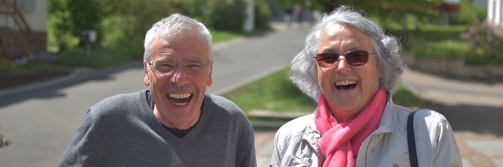 tsc-Seniorentag: Fröhliche Senioren (1500x500px)