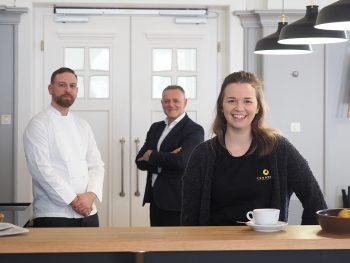 Das Foodnote-Team freut sich auf die baldige Eröffnung: Thierry Boillat, Zsolt Kubecska und Desirée Kratzat (von links).